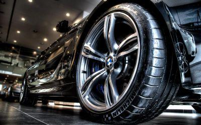 BMW M6 front wheel