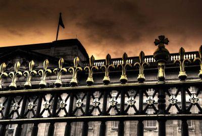 Buckingham Palace Fence